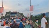 Nam thanh niên nhảy cầu Lục Nam nghi tự tử, để lại xe máy
