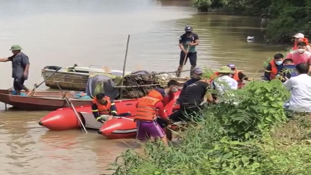 Bắc Giang, nam thanh niên nghi nhảy cầu tự tử
