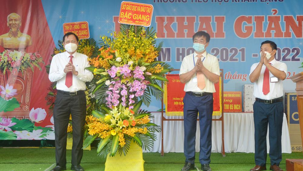 Phóng Chủ tịch Thường trực, UBND tỉnh, Mai Sơn, Trường, Tiểu học, Khám Lạng, Lục Nam
