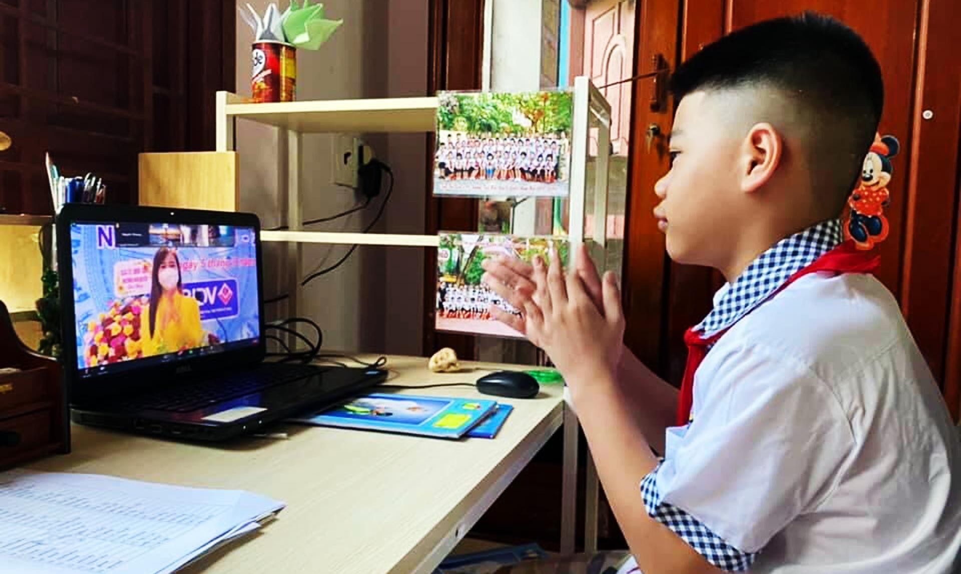 Thiêng liêng ngày khai giảng, tựu trường, năm học đặc biệt, học sinh Bắc Giang, giáo viên, học sinh