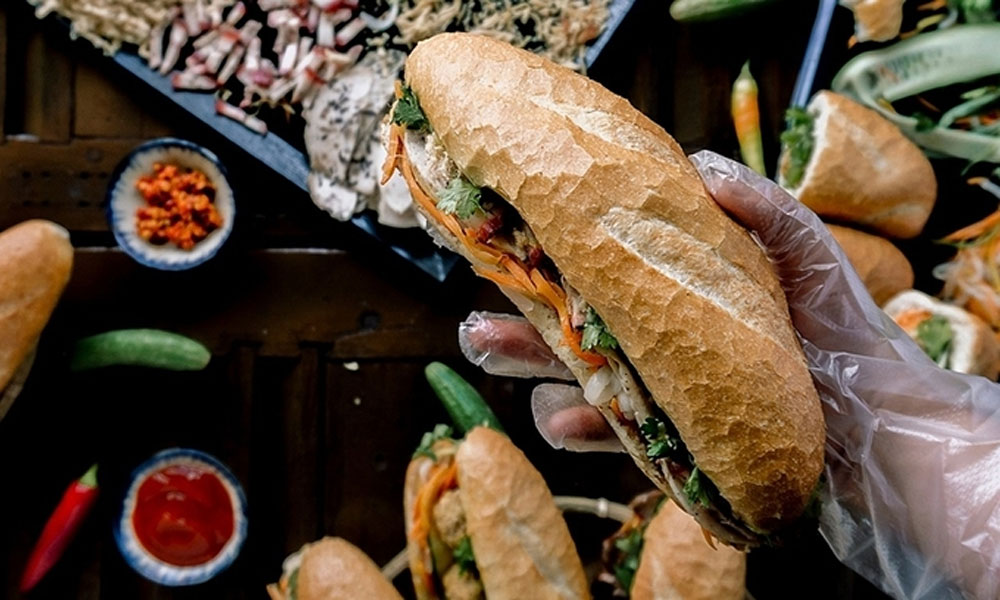 Vietnam, tourist hotspots, food culture, Korean series, Vietnamese episode, signature Vietnamese dishes,  iconic destinations