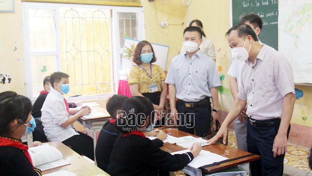 Thực hiện nghiêm các biện pháp phòng dịch trong trường học