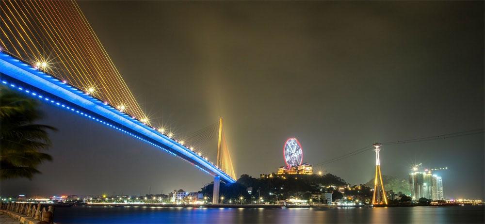 The beauty, Vietnam, iconic bridges, aerial shots, symbolic bridges, biggest cities,  popular tourism hubs