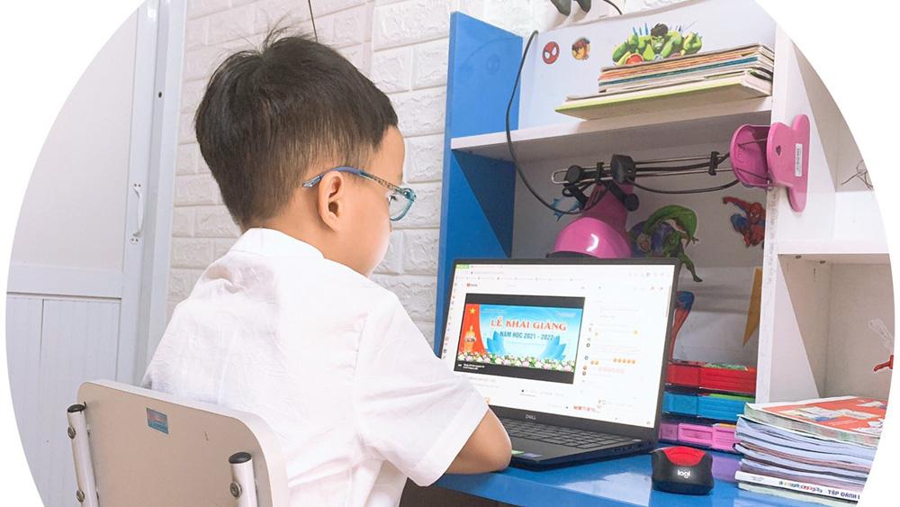 Bắc Giang: Phát động chương trình tặng thiết bị học trực tuyến cho học sinh hoàn cảnh khó khăn