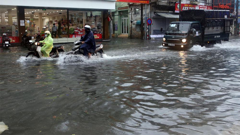 Áp thấp nhiệt đới vẫn trên vùng biển Đà Nẵng đến Quảng Ngãi