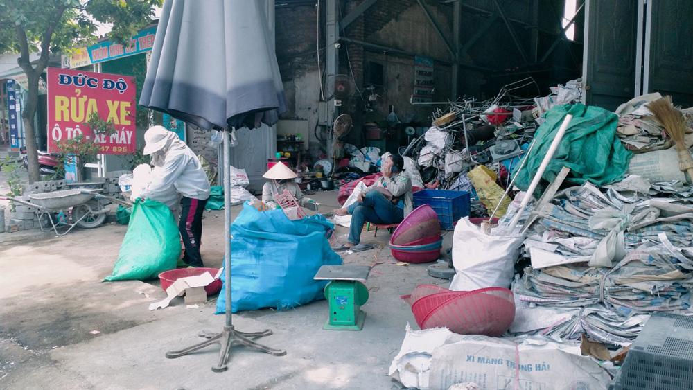 Nhiều cơ sở thu gom phế liệu vi phạm quy định về bảo vệ môi trường
