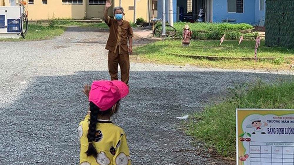 Những đứa trẻ mồ côi vì đại dịch