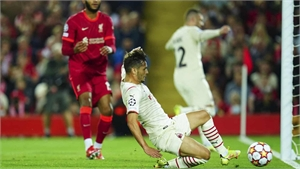 Milan thua Liverpool ngày trở lại Champions League