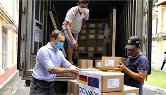 Germany hands Vietnam 850,000 Covid vaccine doses