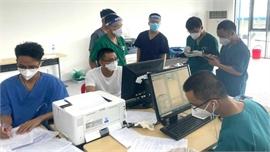Nhiều F0 ở Bình Dương khỏi bệnh tình nguyện ở lại hỗ trợ chống dịch