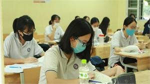 Học sinh, sinh viên có thể đóng bảo hiểm y tế làm nhiều đợt