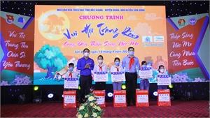 Tổ chức chương trình Vui hội Trăng rằm cho thiếu nhi huyện Sơn Động