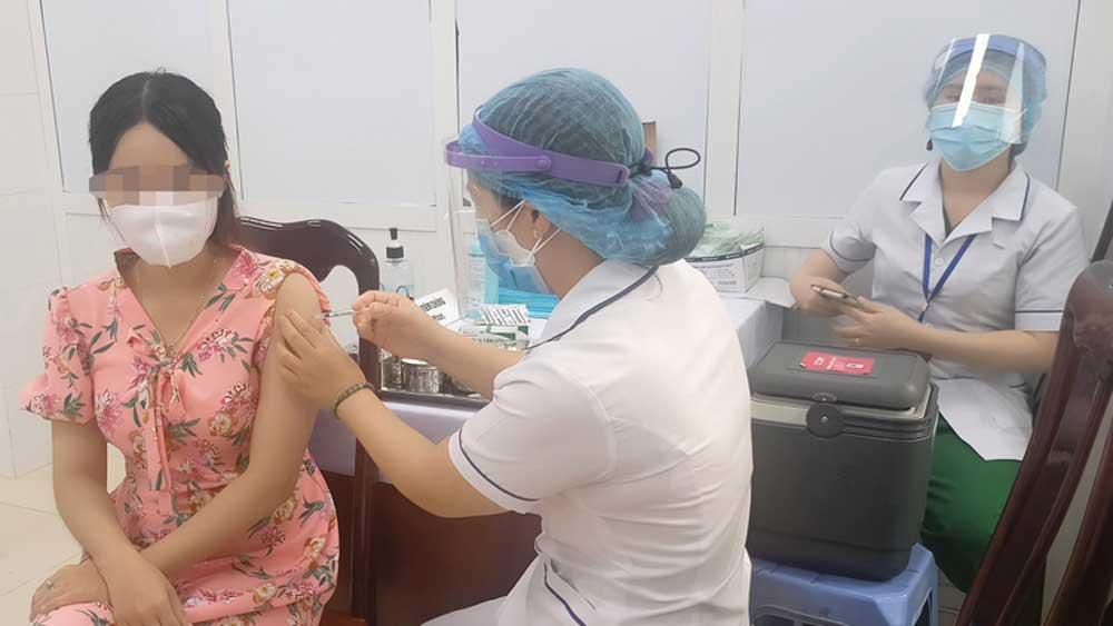 Vụ 57 trẻ dưới 18 tuổi, tiêm vaccine ngừa Covid-19 ở Cần Thơ, Kỷ luật cảnh cáo