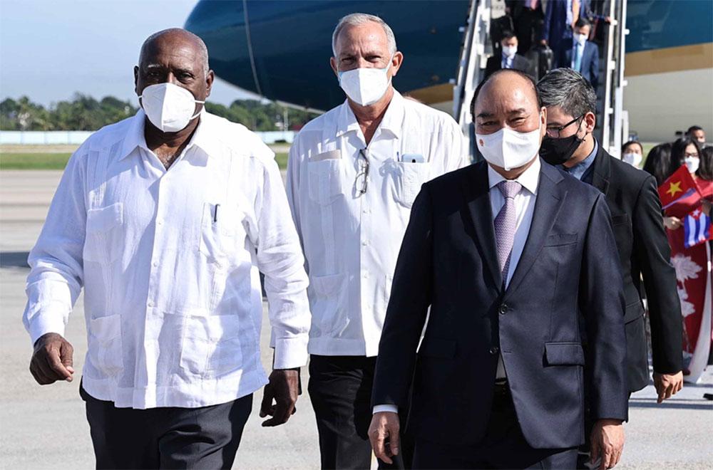 Chủ tịch nước Nguyễn Xuân Phúc; thăm chính thức Cuba