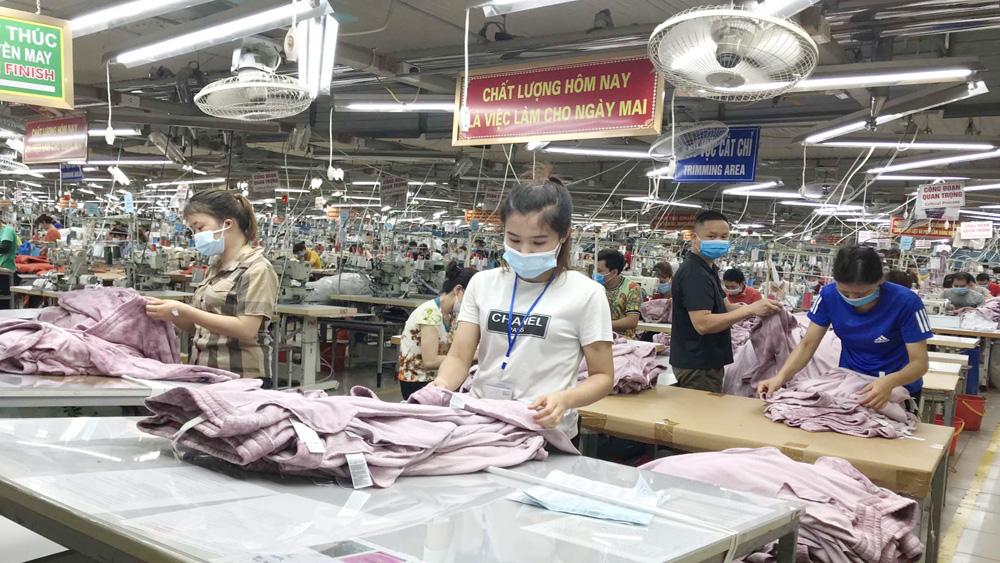 Công ty cổ phần May xuất khẩu Hà Phong (Hiệp Hòa) được giãn nộp thuế để khôi phục sản xuất, kinh doanh.