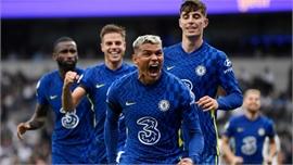 Chelsea lên đỉnh Ngoại hạng Anh