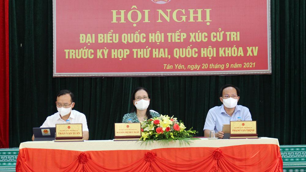 Cử tri huyện Hiệp Hòa và Tân Yên kiến nghị Quốc hội sửa đổi Luật Đất đai năm 2013
