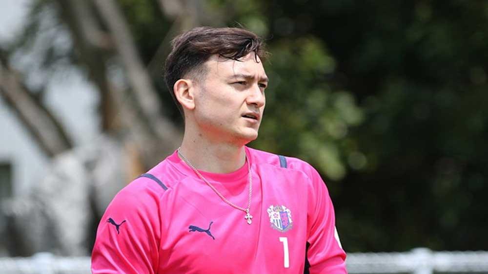 Đặng Văn Lâm chấn thương vai, nghỉ thi đấu đến hết 2021