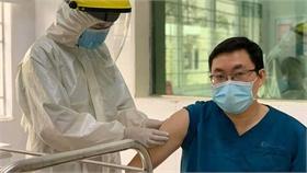 Quảng Ninh hoàn thành mục tiêu 'phủ' vaccine mũi một
