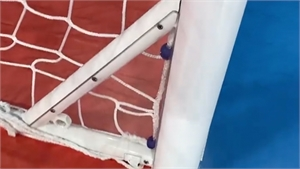 FIFA sửa lỗi thanh chắn chéo ở khung thành futsal