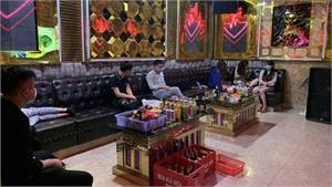 Việt Yên: Chủ quán và khách hát karaoke bị phạt 102,5 triệu đồng