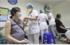 Khẩn trương tiêm vaccine Covid-19 cho phụ nữ mang thai trên 13 tuần
