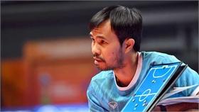 Huấn luyện viên Phạm Minh Giang ở lại Lithuania tiếp tục điều trị Covid-19