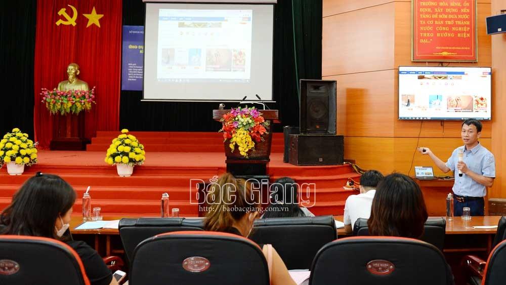 Tọa đàm, sàn thương mại điện tử, khoa học công nghệ, Lục Ngạn, Bắc Giang, Ứng dụng công nghệ số, chuyển đổi số