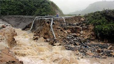 Nhiều nơi trên cả nước mưa lớn, đề phòng lũ quét, sạt lở đất ở vùng núi