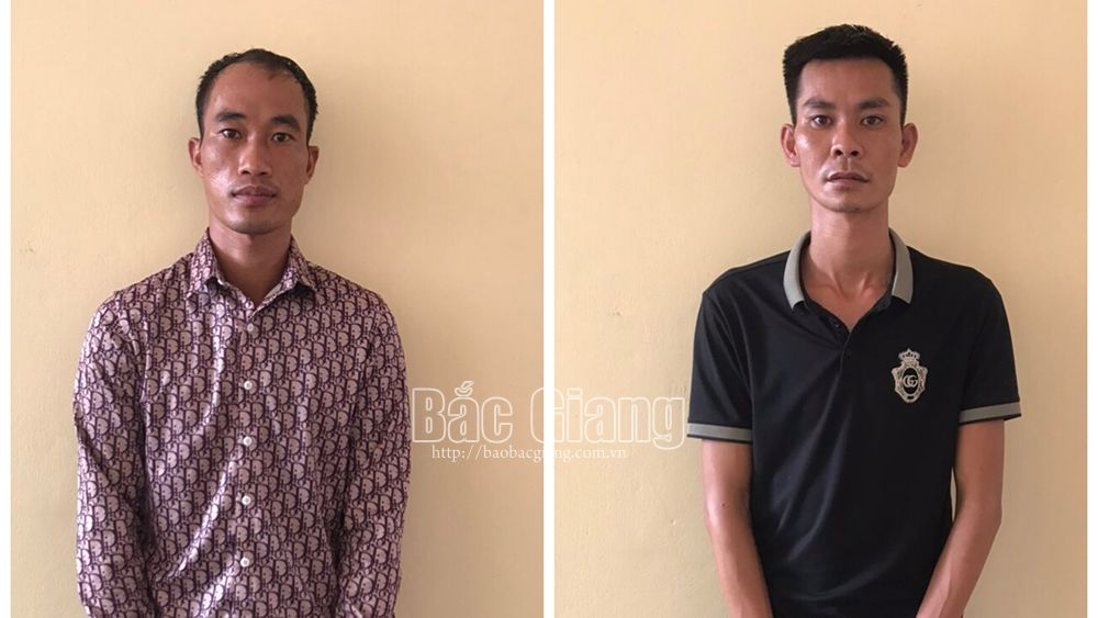 Phùng Văn Thanh (bên trái) vàĐỗ Văn Nambị khởi tố do sử dụng trái phép chất ma túy.