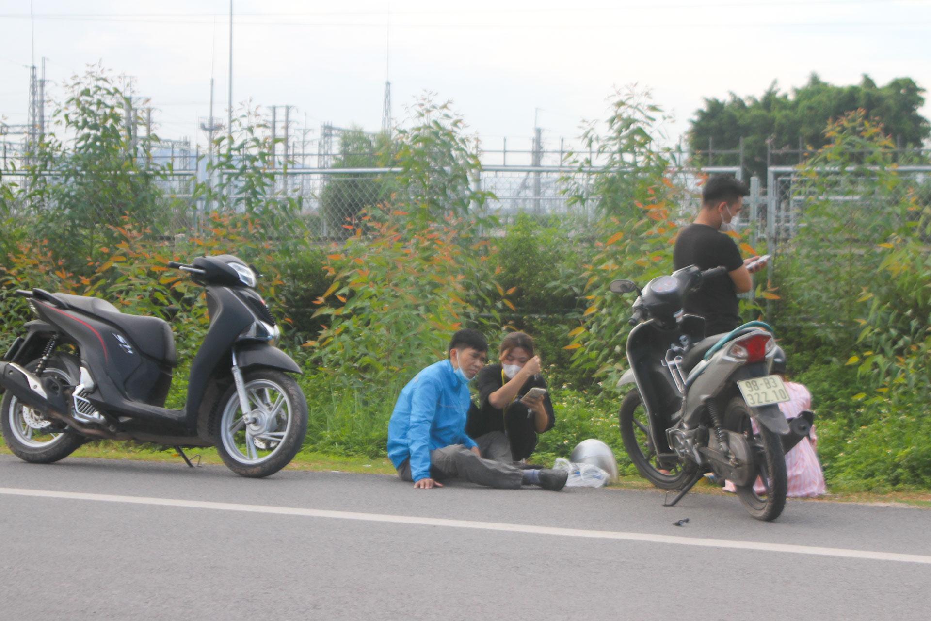 Xe chung cho công nhân an toàn, công nhân đi xe, xe máy bắc giang, đi xe máy gây ùn tắc