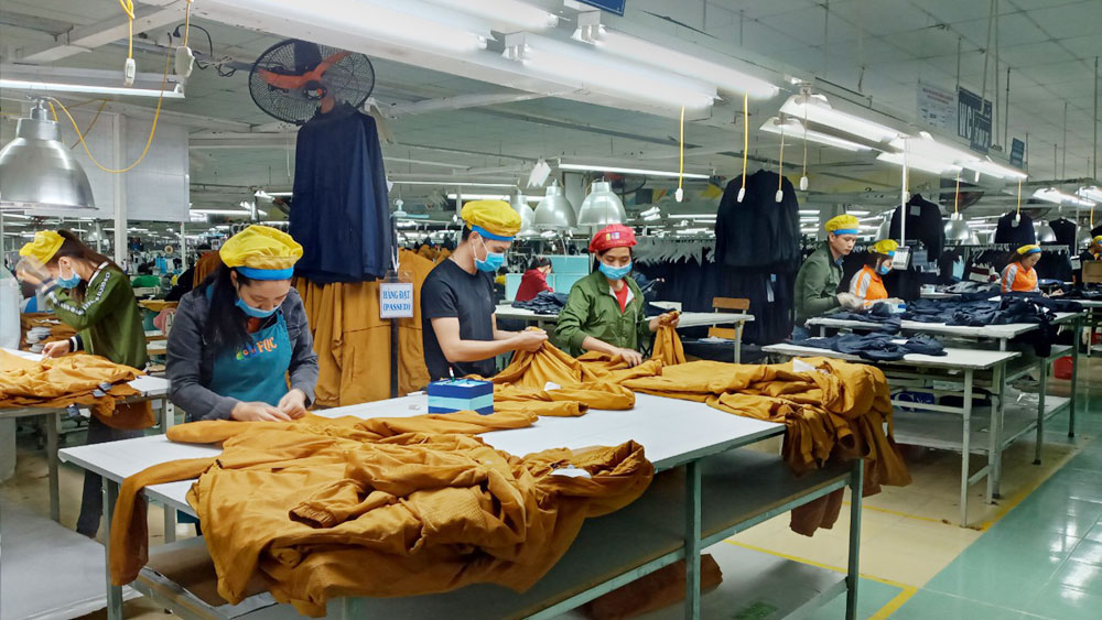 212 billion VND loan for salary in production recovery and severance