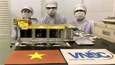 """Ngày mai (1/10), vệ tinh """"made in Vietnam"""" mang tên NanoDragon được phóng vào quỹ đạo"""