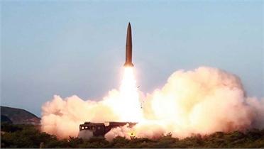 Triều Tiên tiếp tục phóng thử tên lửa