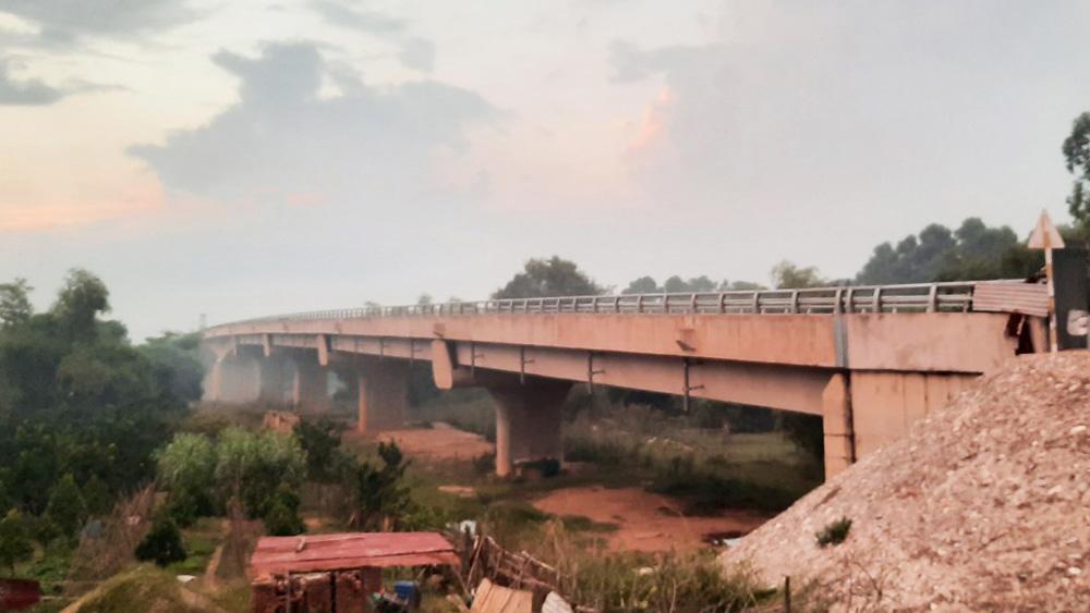 Cầu vượt sông Cầu, cầu Xuân Cẩm - Bắc Phú, Hiệp Hòa, Bắc Giang