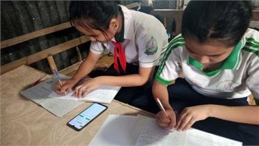FPT chung tay hỗ trợ thiết bị học trực tuyến cho 3.300 em nhỏ