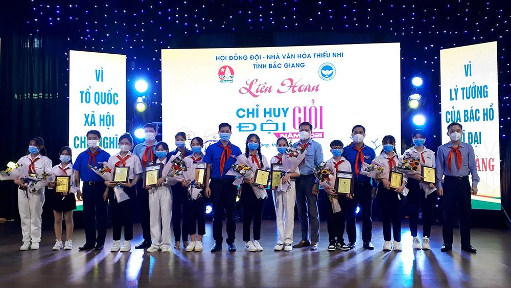 """Thí sinh Nguyễn Hoàng Lan Chi giành giải A Liên hoan """"Chỉ huy Đội giỏi"""" năm 2021"""