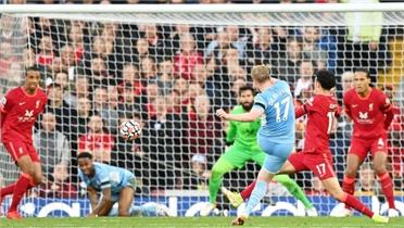Man City rượt đuổi tỷ số hoà Liverpool
