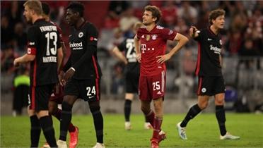 Bayern thua trận đầu tiên mùa này
