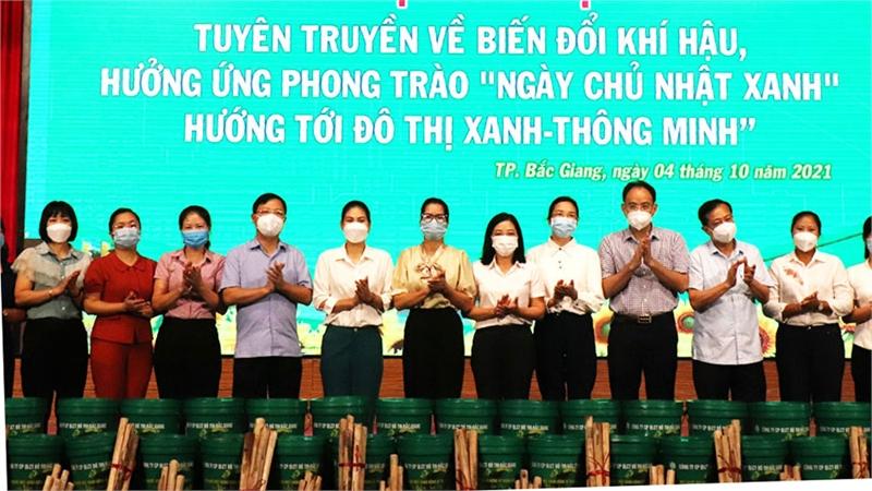 """TP Bắc Giang tuyên truyền hưởng ứng phong trào """"Ngày Chủ nhật xanh"""""""