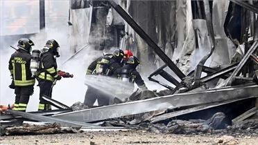Tai nạn máy bay tại Italia và Nga