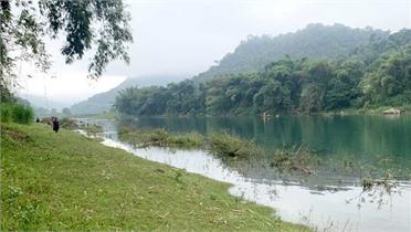 Lật thuyền trên sông, ba học sinh ở Hà Giang mất tích