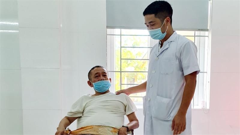 Giúp đỡ cựu chiến binh Đặng Văn Chung vượt qua bệnh tật