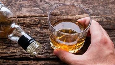 Ngộ độc rượu tại Nga khiến 14 người tử vong