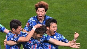 Bàn phản lưới giúp Nhật Bản thắng Australia