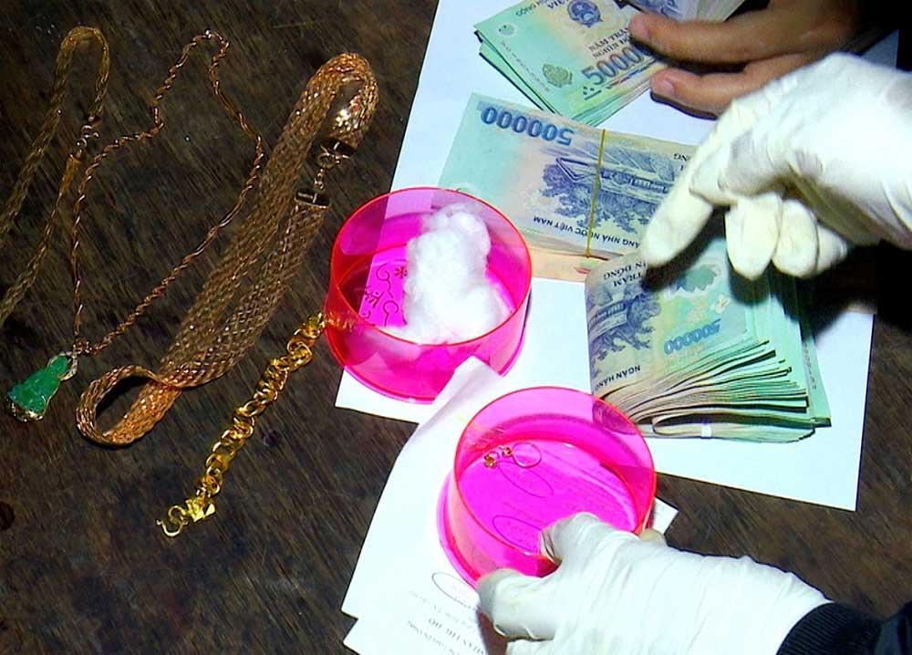 Đột nhập ,ghe mua lúa, trộm hơn 1 tỷ đồng