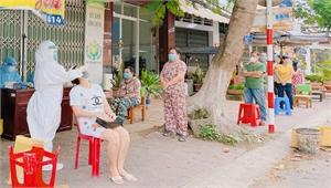 Điều dưỡng Phạm Thị Nga: Tình nguyện xuyên qua nhiều tâm dịch