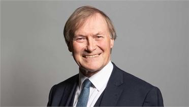 Nghị sĩ Anh tử vong sau khi bị tấn công bằng dao