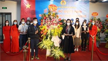 Đồng chí Lê Thị Thu Hồng dự lễ công bố quyết định thành lập công đoàn cơ sở
