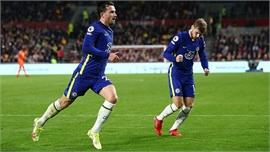 Chelsea thắng hú vía trước Brentford